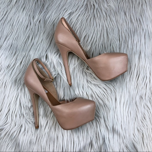 5a151aeca STEVE MADDEN DEENY BLUSH LEATHER D'ORSAY PUMPS. M_5a78093aa44dbe8649897c11